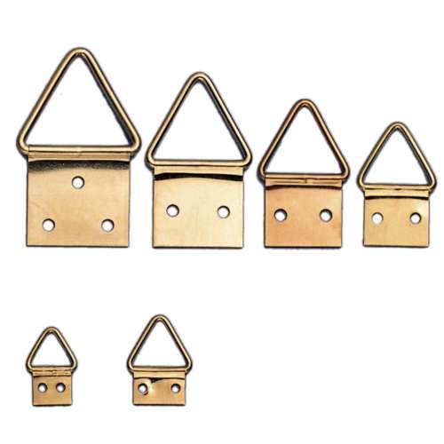 Attache triangulaire en fer